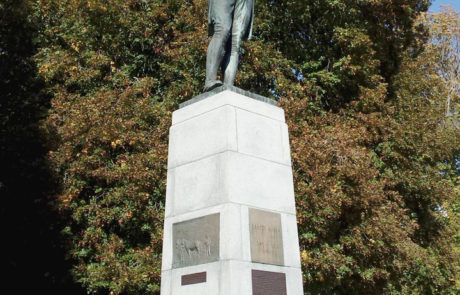 robert-burns-statue-1